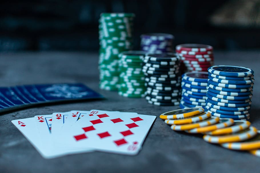 Keseruan Permainan Capsa Banting Di Situs Poker Online Terpercaya